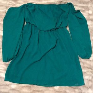 Turquoise off the shoulders dress